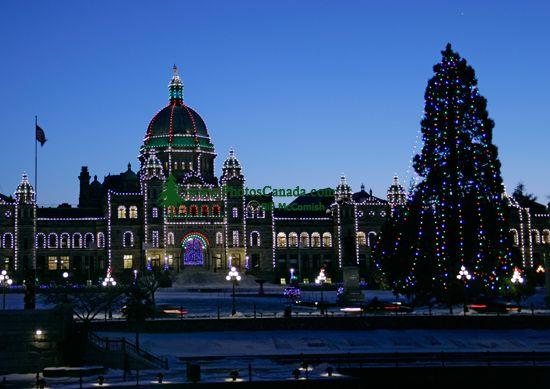 British Columbia Parliament Building, Vancouver Island, BC, Canada ...