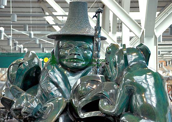 Spirit Of Haida Gwaii, The Jade Canoe,  by Bill Reid, Vancouver Airport, British Columbia, Canada CM11-04