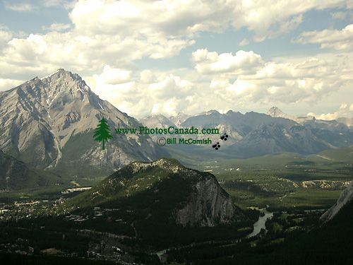 Bow River Valley, Banff National Park, Alberta, Canada CM11-07