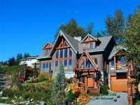 Nusalya Bed and Breakfast Chalet, Squamish, British Columbia 16