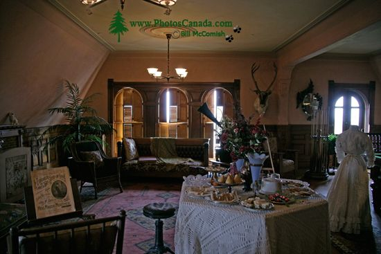 Craigdarroch Castle, Victoria, Vancouver Island BC CM11-009