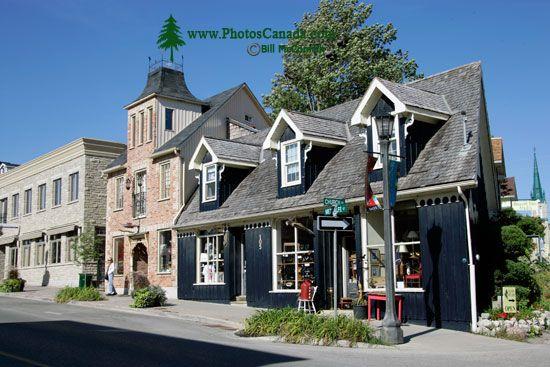 Elora, Ontario, Canada CM11-1202