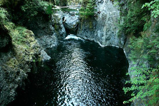 Englishman Falls Park, Parksville, Vancouver Island CM11-003