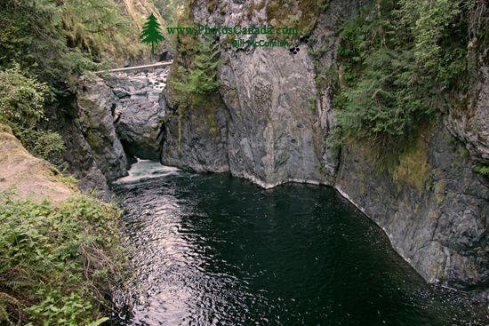 Englishman Falls Park, Parksville, Vancouver Island CM11-004