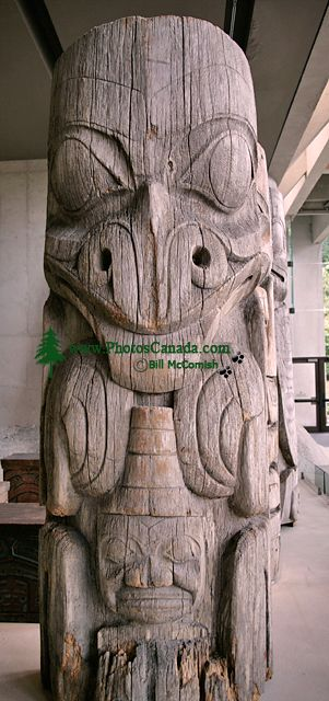 Haida Totem Pole, Museum of Anthropology. British Columbia, Canada CM11-06 