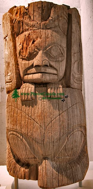 Haida Totem Pole, Museum of Anthropology. British Columbia, Canada CM11-01 