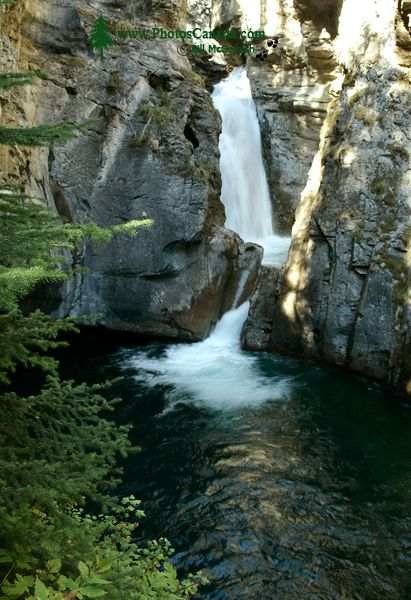 Lower Falls, Johnson Canyon, Banff National Park, Alberta CM11-05