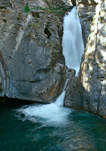 Lower Falls, Johnson Canyon, Banff National Park, Alberta CM11-07