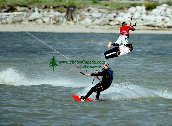 Kiteboarding, Squamish Harbour, British Columbia, Canada 04
