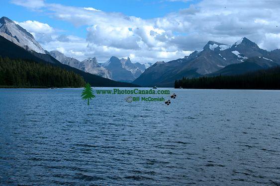 Maligne Lake, Jasper National Park, Alberta, Canada CM11-05