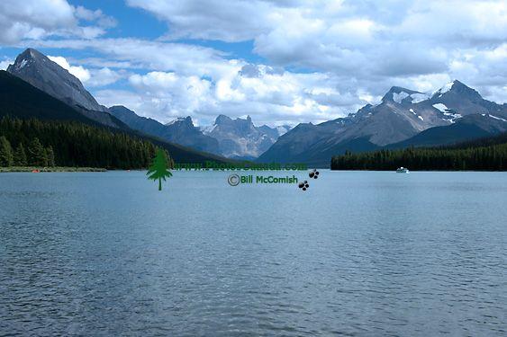 Maligne Lake, Jasper National Park, Alberta, Canada CM11-04
