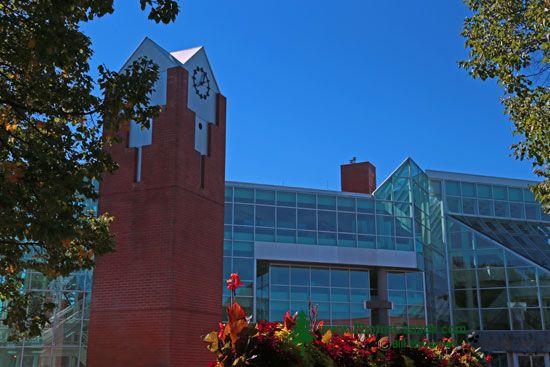 Medicine Hat, City Hall, Alberta, Canada CMX-001