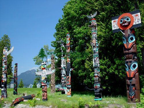 Stanley Park Totem Poles, Vancouver, British Columbia, Canada 02