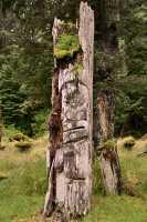 Ninstints Totem Pole, Sgang Gwaay, UNESCO World Heritage Site, Gwaii Haanas National Park Reserve, Haida Gwaii, British Columbia, Canada CM11-12