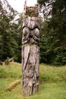 Ninstints Totem Pole, Sgang Gwaay, UNESCO World Heritage Site, Gwaii Haanas National Park Reserve, Haida Gwaii, British Columbia, Canada CM11-16