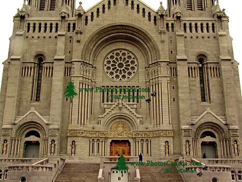 Basilique Ste-Anne de Beaupre, Quebec, Canada 25 