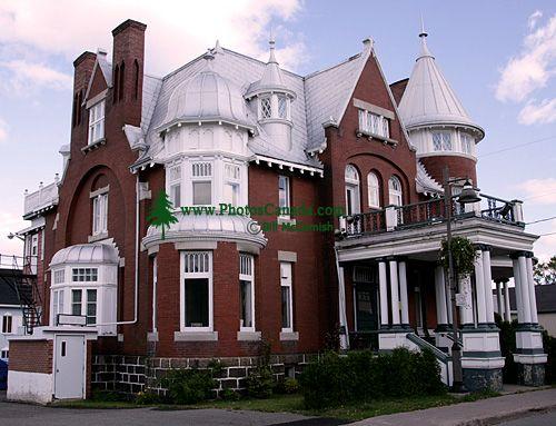 Montmagny, Quebec, Canada CM11-30