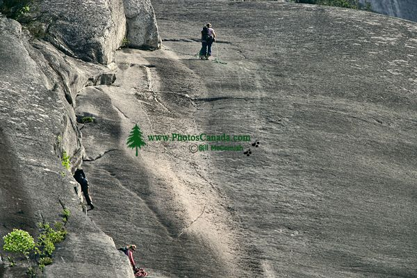 Rock Climbers, Stawamus Chief, Squamish, British Columbia, Canada CM11-08