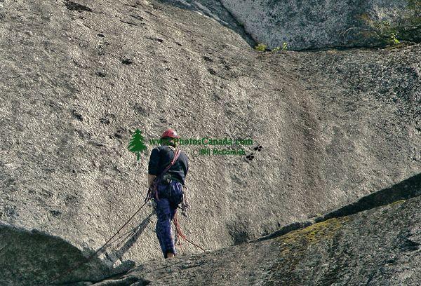 Rock Climbers, Stawamus Chief, Squamish, British Columbia, Canada CM11-07