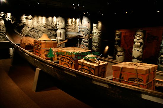 Royal BC Museum Photos, Coast Salish Canoe, Victoria, British Columbia, Canada CM11-19