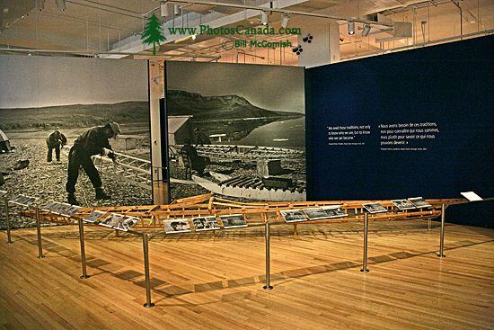 Royal Ontario Museum (ROM) Toronto, Ontario, First Nations Exhibit CM11-016