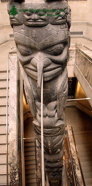 Royal Ontario Museum, (ROM) Totem Poles, Main Entrance Stairs, Toronto, Ontario CM11-012