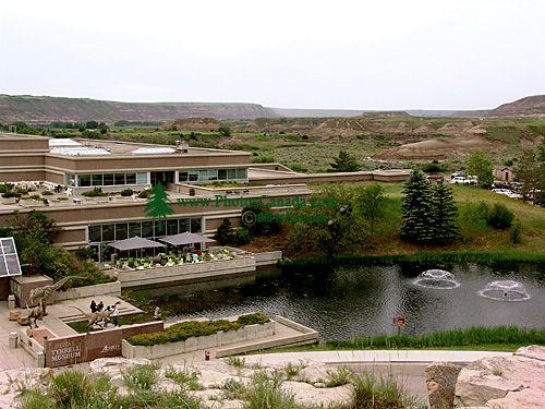 Royal Tyrrell Museum, Drumheller, Alberta, Canada 01
