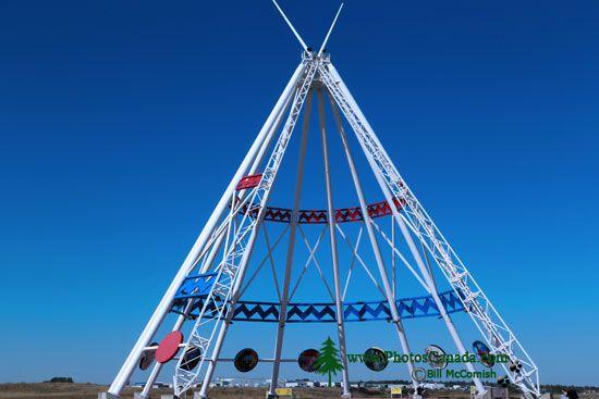 Saamis Tepee, Medicine Hat, Alberta, Canada CMX-001