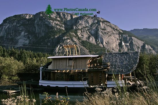 Squamish Harbour, Artistic House Boat, Howe Sound, British Columbia, Canada CM11-09