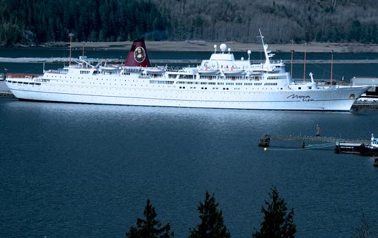 Squamish Harbour, Howe Sound, 2010 Olympics Staff Cruise Ship, British Columbia, Canada CM11-07