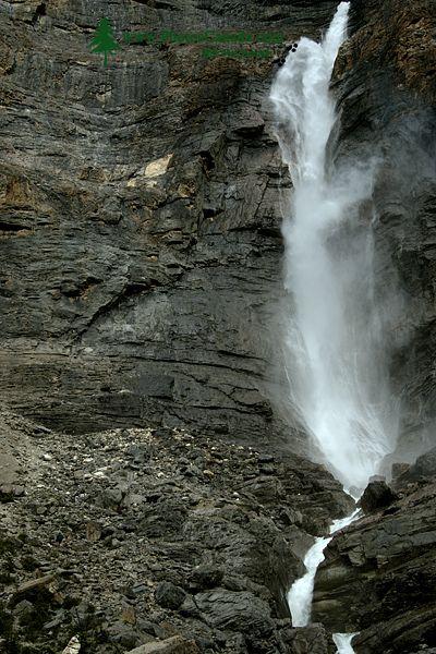 Takakkaw Falls, Yoho National Park, British Columbia, Canada CM11-007