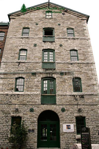 Distillery District, Toronto, Ontario CM11-009