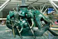 Spirit of Haida Gwaii Sculpture, Vancouver Airport, British Columbia, Canada CM-55